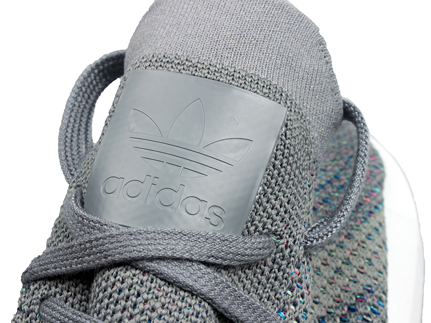 Adidas Swift Run PK 黑灰彩虹 跑鞋
