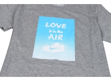 NIKE AS W AM270 TEE-LOVE IS IN THE DK 灰色 女子