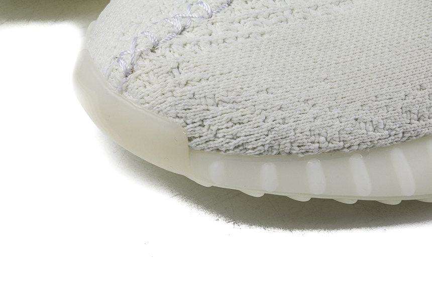 Adidas YEEZY BOOST 350 V2 全白纯白侃爷椰子